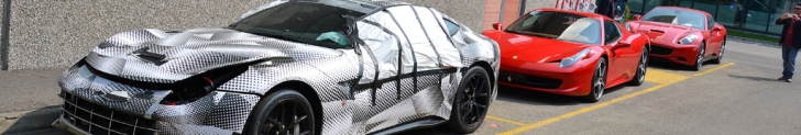 Un montón de Ferraris de prueba avistados en Maranello